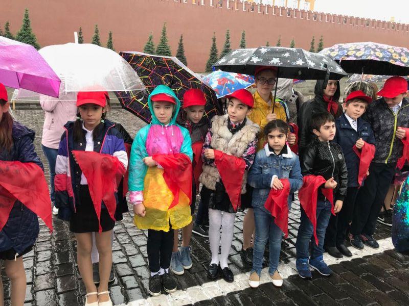 Подробнее: 20 мая ряды школьной детской организации пополнились новыми ребятами